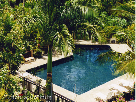 Kauai hawaii condo garden and pool pictures prince kuhio for Pool garden resort argao